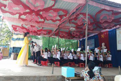 """Trường THCS Nguyễn Huệ với chuyên đề """"Trải nghiệm sáng tạo cùng với môn lịch Sử-Địa lý-GDCD"""""""