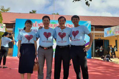 Trường THCS Nguyễn Huệ với lễ mít tinh hưởng ứng ngày thế giới rửa tay bằng xà phòng