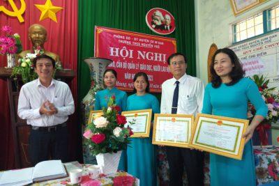 Trường THCS Nguyễn Huệ Hội nghị viên chức, người lao động năm học 2020-2021