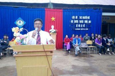 Tổ Sử-Đia trường THCS Nguyễn Huệ ngoại khoá nói chuyện truyền thống bộ đội Cụ Hồ